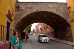susan and jodi and arched bridge 1
