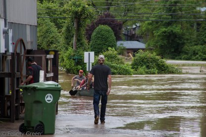 antique dealers from the tobacco barn trying to rescue their stuff